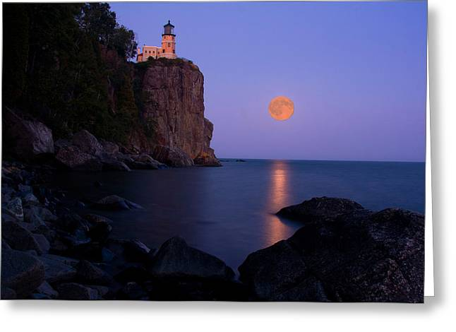 Puffy Greeting Cards - Split Rock Lighthouse - Full Moon Greeting Card by Wayne Moran