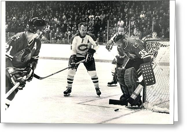 Stan Mikita In Action Greeting Card by Gianfranco Weiss