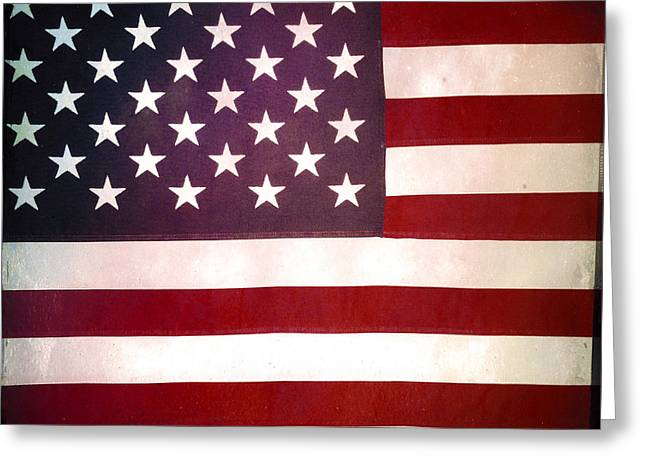 American Grunge Greeting Cards - Stars and stripes Greeting Card by Les Cunliffe