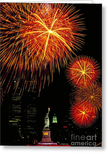 Patriotic Greeting Card Greeting Cards - Statue Of Liberty Greeting Card by Andy Levin