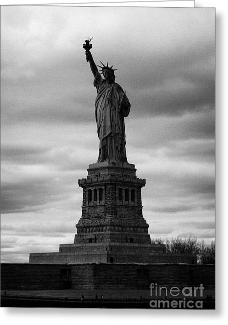 American Independance Photographs Greeting Cards - Statue of Liberty new york city Greeting Card by Joe Fox