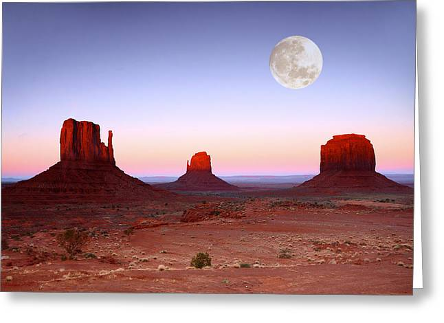 Cliffs Pyrography Greeting Cards - Sundown on the Buttes in Monument Valley Arizona Greeting Card by Katrina Brown