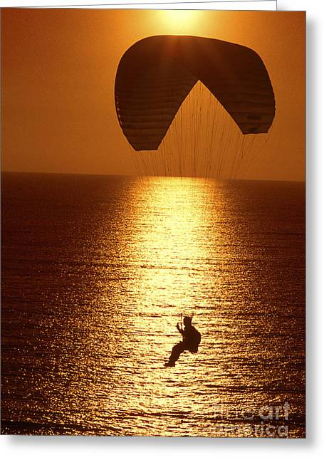 Parasail Greeting Cards - Sunset flight Greeting Card by Paul W Faust -  Impressions of Light