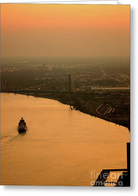 Sunset On The River Greeting Card by Linda Shafer