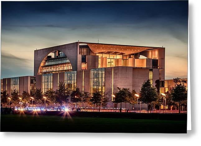 Sunset Over The Federal Chancellery - Berlin Greeting Card by Mountain Dreams