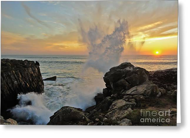 Nabucodonosor Perez Greeting Cards - Sunset wave Greeting Card by Nabucodonosor Perez