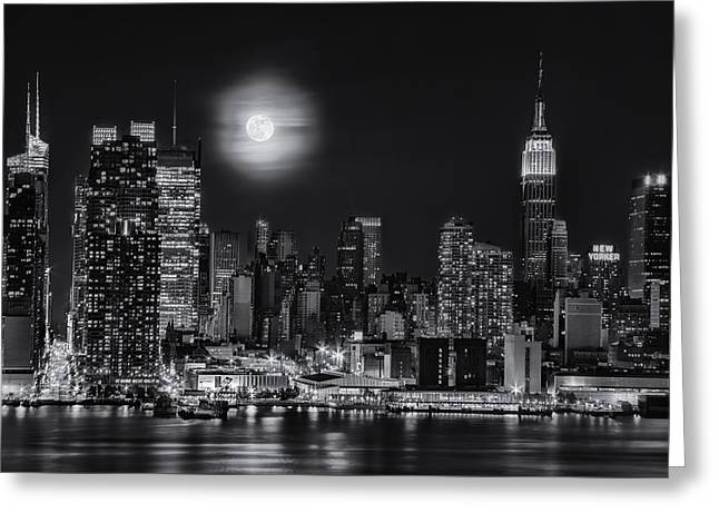 Super Moon Over Nyc Bw Greeting Card by Susan Candelario