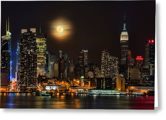 The City That Never Sleeps Greeting Cards - Super Moon Over NYC Greeting Card by Susan Candelario