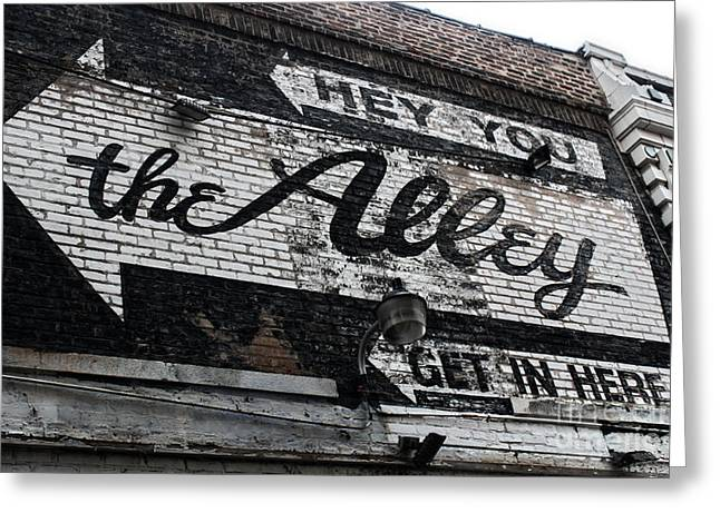 The Alley - Chicago Greeting Card by Gregory Dyer