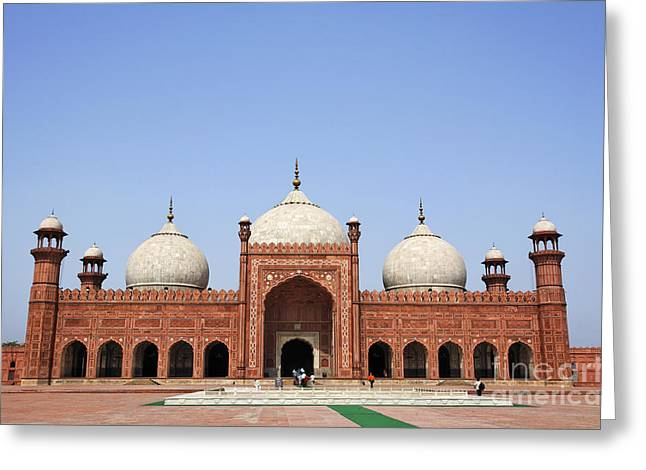 Punjab Greeting Cards - The Badshahi mosque in Lahore Pakistan Greeting Card by Robert Preston