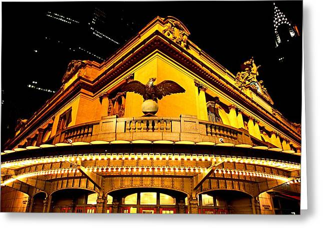 Gilberto Greeting Cards - The Eagle Of The Grand Central Station Greeting Card by Gilberto Gutierrez