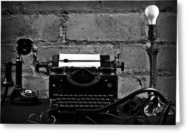 Typewriter Greeting Cards - The making of a Noval Greeting Card by Camille Lopez