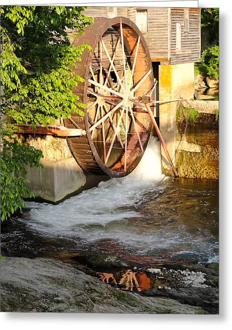 Tennessee Historic Site Photographs Greeting Cards - The Old Mill Water Wheel Pigeon Forge Tennessee Greeting Card by Cynthia Woods
