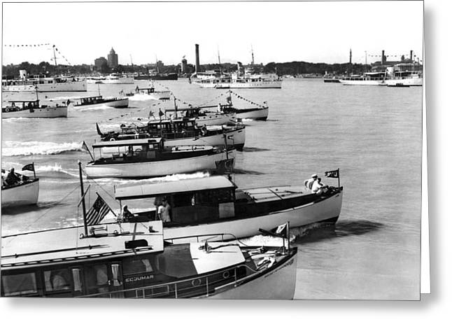 The Start Of The Liggett Trophy Race On The Detroit River In Mic Greeting Card by Underwood Archives