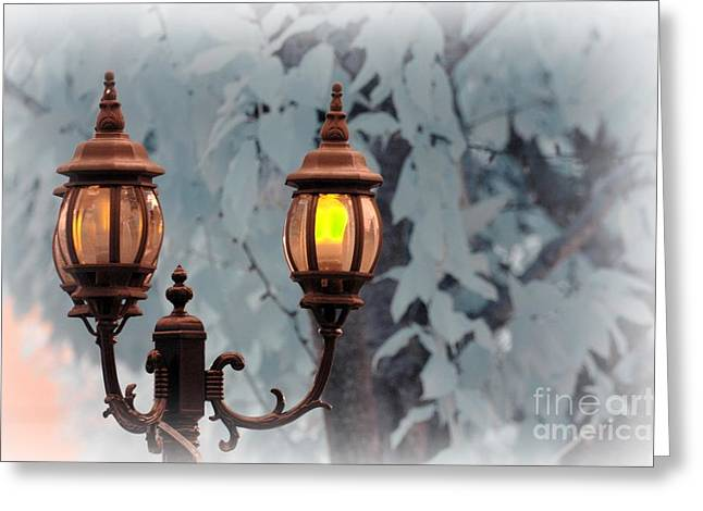 Streetlight Greeting Cards - The Street Lamp Greeting Card by Paul Ward