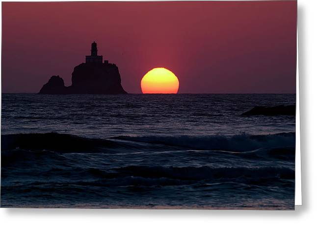 The Sunset At Tillamook Rock Lighthouse Greeting Card by Robert L. Potts