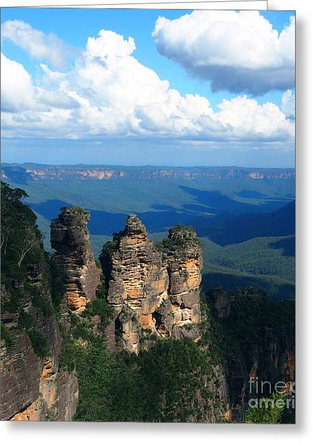 Justin Woodhouse Greeting Cards - Three Sisters in the Blue Mountains Greeting Card by Justin Woodhouse