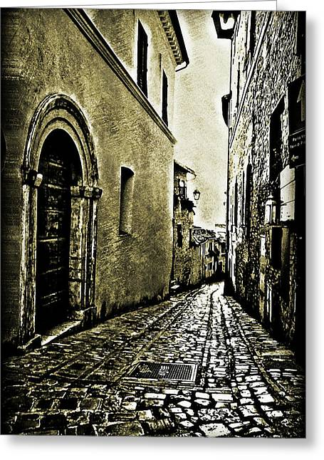 Maggie Vlazny Greeting Cards - Todi Italy Side Street A Greeting Card by Maggie Vlazny