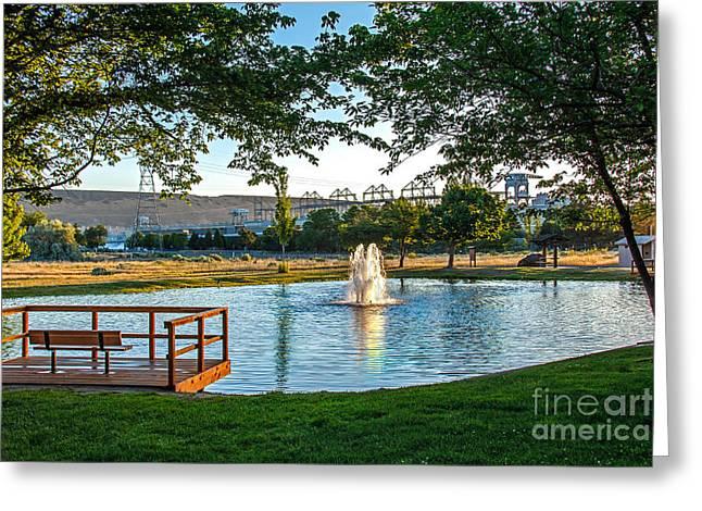 Umatilla Fountain Pond Greeting Card by Robert Bales