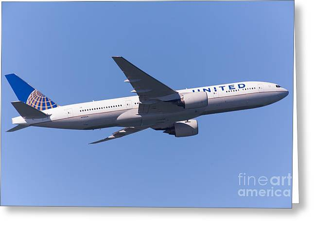 United Airlines Passenger Plane Greeting Cards - United Airlines Jet 5D29540 Greeting Card by Wingsdomain Art and Photography