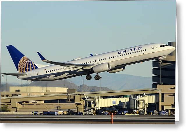 United Boeing 737-924 N69810 Phoenix Sky Harbor December 24 2014 Greeting Card by Brian Lockett