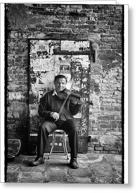 Venetian Violinist Greeting Card by Tom Bell