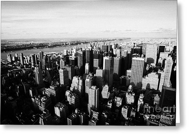 Manhatan Greeting Cards - View Of Manhattan North West Towards Hudson River From Empire State Building New York Greeting Card by Joe Fox