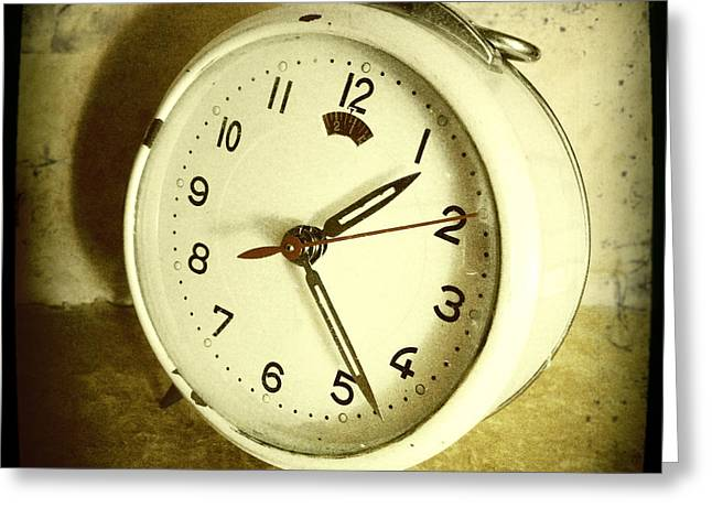 Old Objects Greeting Cards - Vintage clock Greeting Card by Les Cunliffe