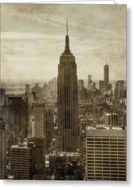 New Mind Greeting Cards - Vintage Empire State Building Manhattan Skyline Greeting Card by Dan Sproul