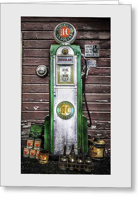 Vintage Sinclair Gas Pump Greeting Card by Thomas Schoeller