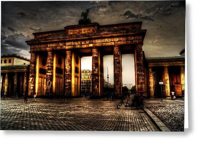 Hauptstadt Greeting Cards - Wahrzeichen von Berlin Greeting Card by Alexander Drum