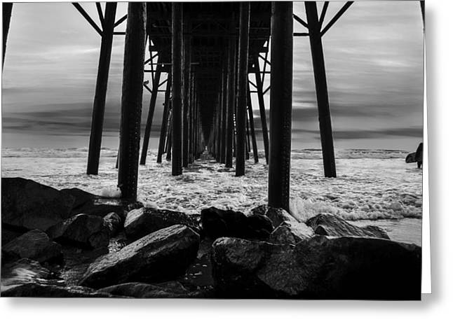 Beach Photographs Greeting Cards - Waiting for the wave Greeting Card by Art K