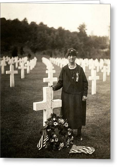 Doughboy Photographs Greeting Cards - WWI American Mother at her Sons Grave Greeting Card by Historic Image