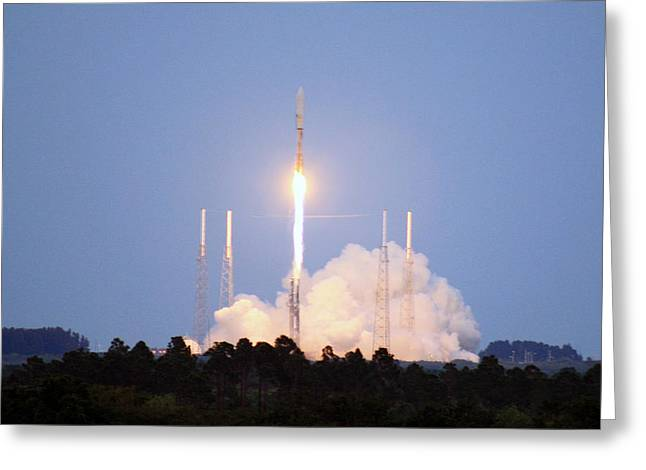 X-37b Orbital Test Vehicle Lifts Off Greeting Card by Science Source