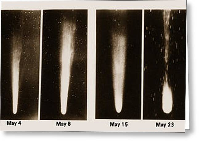 Spectroscopic Greeting Cards - Halleys Comet, 1910 Greeting Card by Science Source