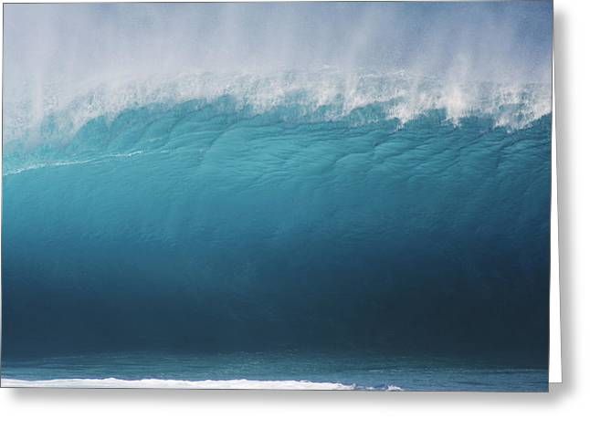 Vince Greeting Cards - Pipeline wave breaking Greeting Card by Vince Cavataio - Printscapes
