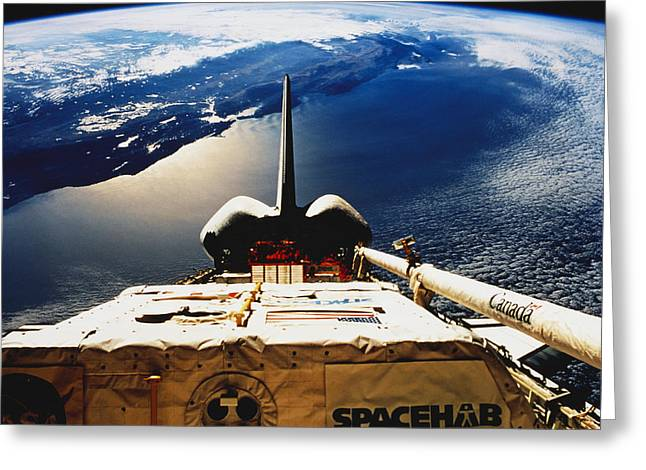 Californian Greeting Cards - Space Shuttle Endeavour Greeting Card by Science Source