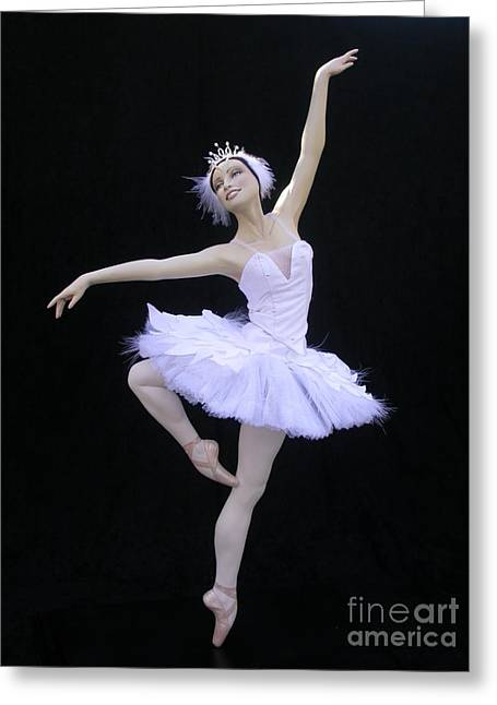 Lakes Sculptures Greeting Cards - White Swan Greeting Card by Vickie Arentz