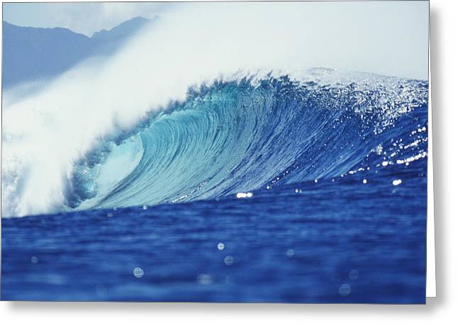 Vince Greeting Cards - Perfect Wave At Pipeline Greeting Card by Vince Cavataio - Printscapes