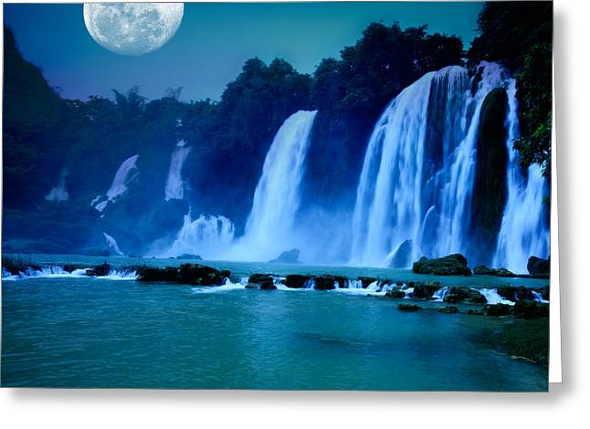 Natural Greeting Cards - Waterfall Greeting Card by MotHaiBaPhoto Prints