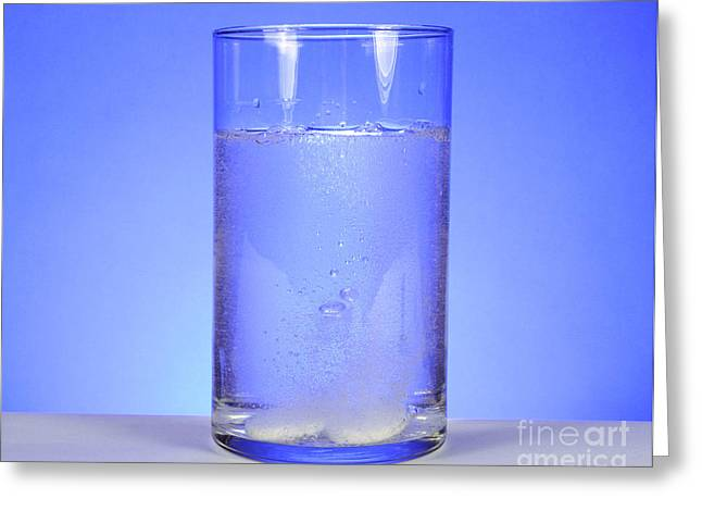 Carbonation Greeting Cards - Alka-seltzer Dissolving In Water Greeting Card by Photo Researchers, Inc.