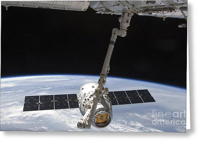 Hardware Greeting Cards - The Spacex Dragon Cargo Craft Greeting Card by Stocktrek Images