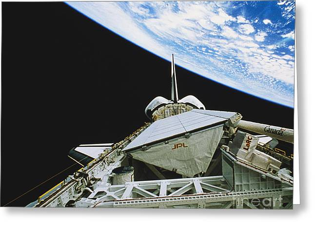 Aperture Greeting Cards - Space Shuttle Endeavour Greeting Card by Science Source