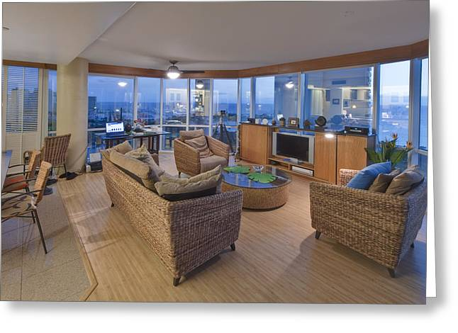 Residential Structure Greeting Cards - Usa Hi Honolulu Upscale Living Room Greeting Card by Rob Tilley