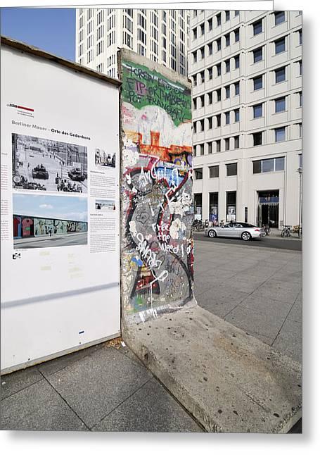Grafity Greeting Cards - Wall Greeting Card by Igor Sinitsyn