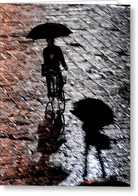 Sillouette Greeting Cards - A Moment in the Piazza Greeting Card by Bronze Riser