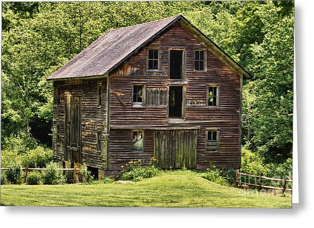 Empty Greeting Cards - Abandoned barn in Pennsylvania Greeting Card by Robert Wirth