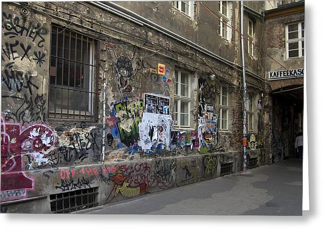 Haus Photographs Greeting Cards - Berlin Graffiti - 1 Greeting Card by RicardMN Photography