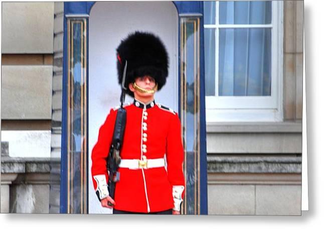 Buckingham Palace Greeting Card by Barry R Jones Jr