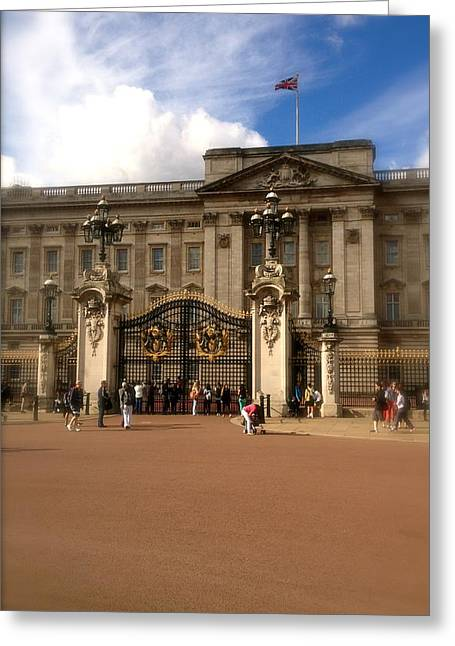 Duchess Of Cambridge Greeting Cards - Buckingham Palace Greeting Card by John Colley